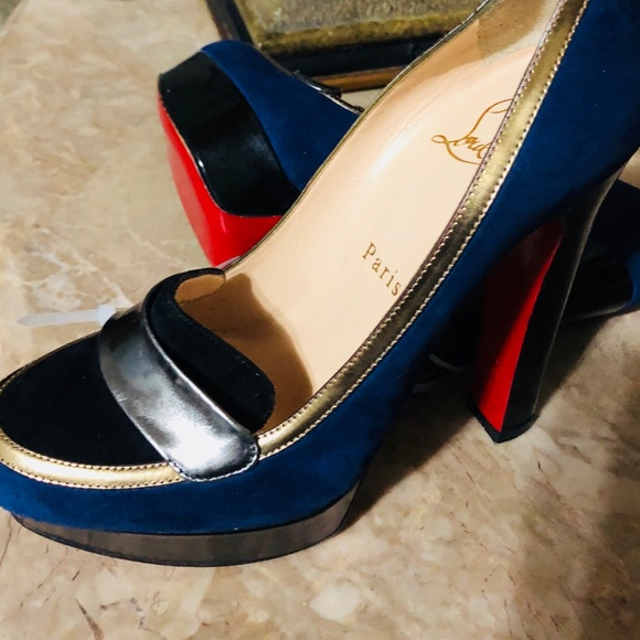 buy popular 348b6 618a2 CL blue, black with gold/silver lining shoe NWT